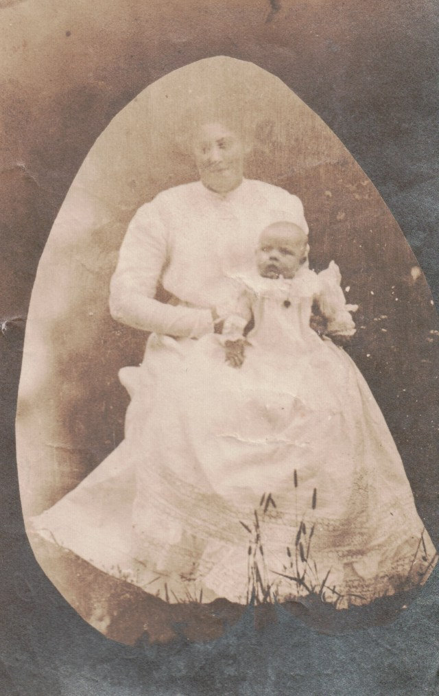 Kate Newman Taylor with Lilian May Taylor